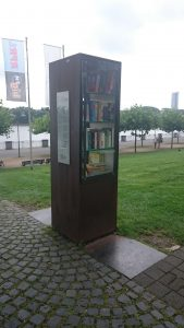 Bücherschrank - Bonner Bogen Rheinufer