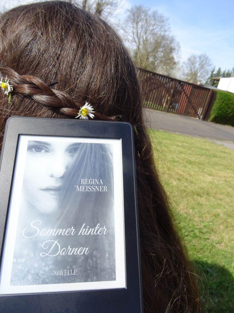 Sommer hinter Dornen - Regina Meissner