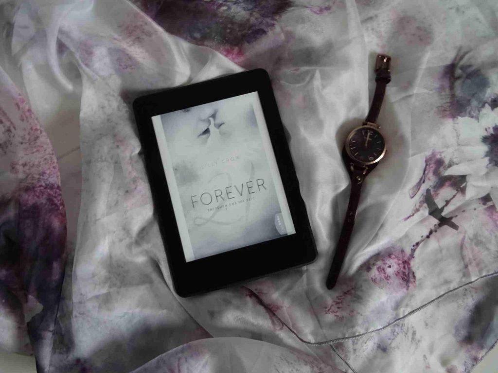 Forever 21, Zwischen uns die Zeit - Lilly Crow