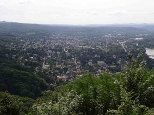 Blick vom Drachenfels in Richtung Bad Honnef