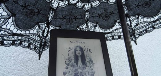 Teenie Voodoo Queen - Nina MacKay