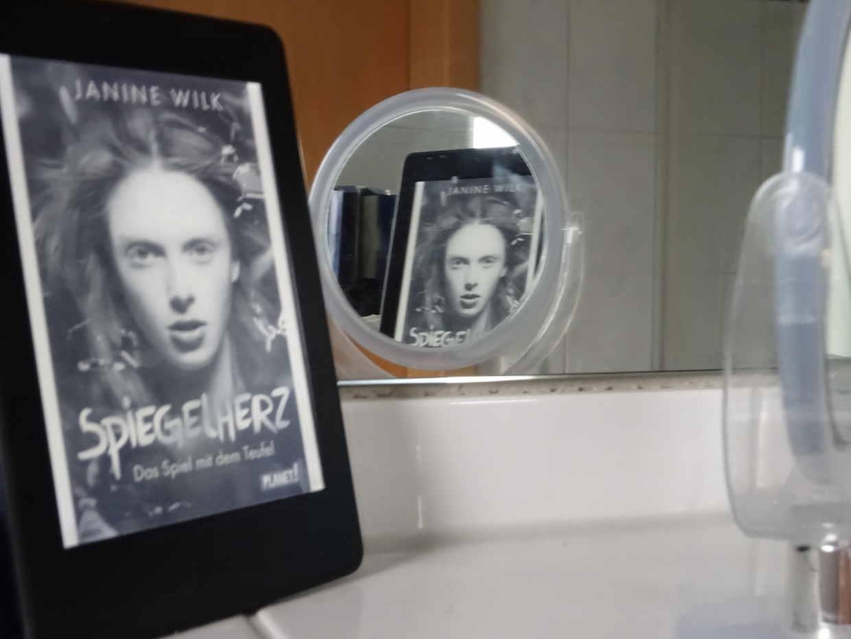 Spiegelherz- Das Spiel mit dem Teufel - Janine Wilk
