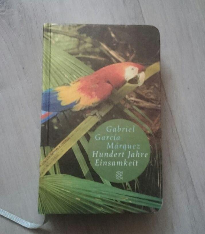 Hundert Jahre Einsamkeit ~ Gabriel García Marquez