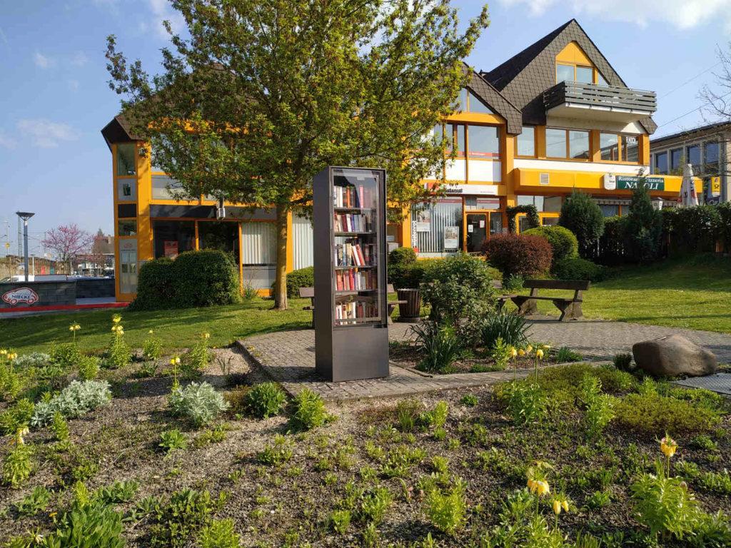 öffentlicher Bücherschrank Andernach, am Bahnhof