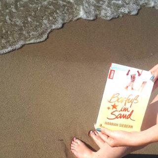 Barfuß im Sand ~ Hannah Siebern
